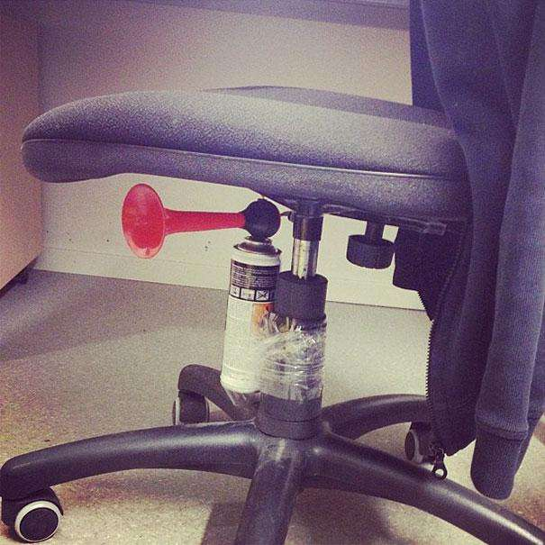 april-fools-day-pranks-8__605